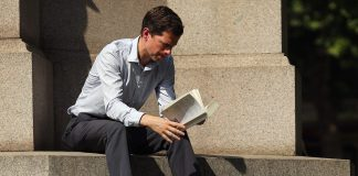 The top books tech chiefs recommend to help leaders influence employees and spearhead digital overhauls