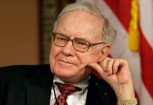 'Buffett needs to listen to Buffett again': Investor was wrong to recommend tech-heavy S&P 500, Berkshire Hathaway shareholder says
