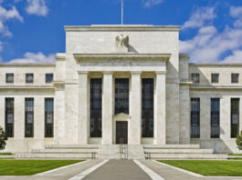 Fed glitch shuts down wire transfers, direct deposits, other services