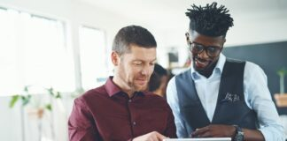4 Ways SaaS Companies Can Use Word-of-Mouth Marketing to Drive Growth