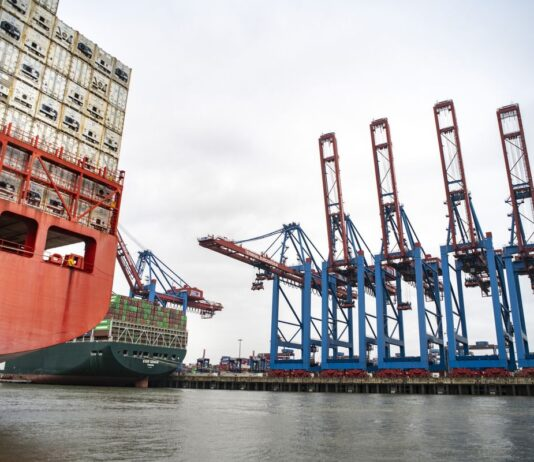 Hamburg Is at the Heartof Germany's Growing Dilemma Over China