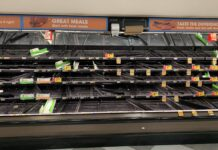 This is how desperate retailers are getting because of the supply chain crisis